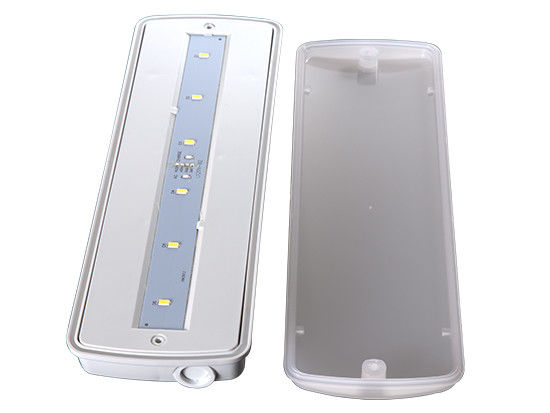 China 200LM LED Outdoor Emergency Light Battery Operation For Buildings Usage factory